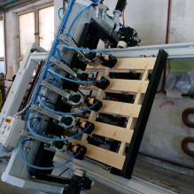 Oversize Pallet Top and Bottom Nailing Machine